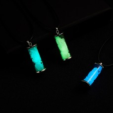 Glow In The Dark Glass Wishing Bottle Necklace Lucky Wish Vintage Luminous Drifting Bottle Pendant Necklace Fluorescent Choker